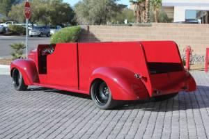 013b-0141S-noth-las-vegas-fire-department-1941-howe-international-harvester-repaint-03