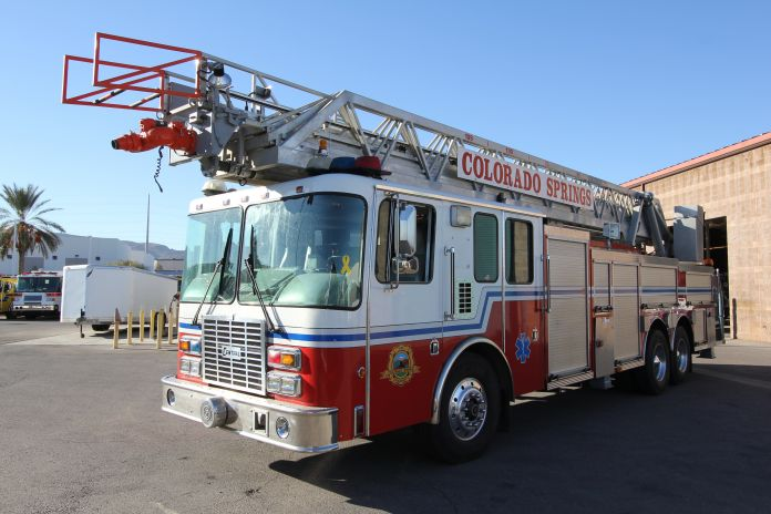 Colorado Springs FD - 1996 HME Aerial Refurbishment #1209 Before
