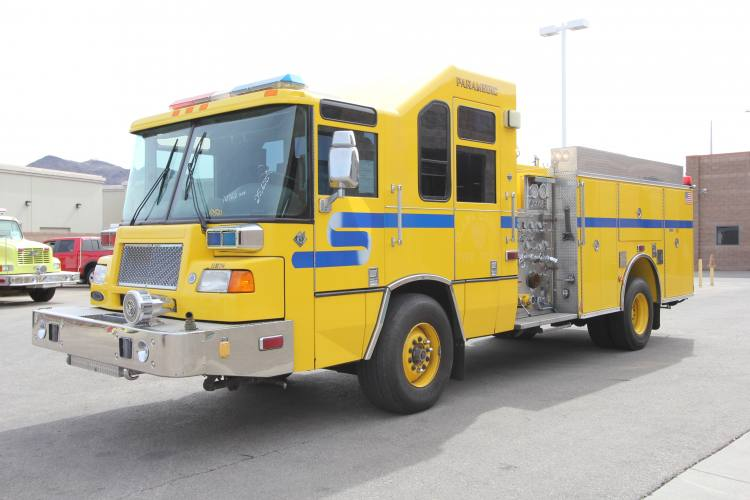 Golder Ranch FD - 2001 Pierce Quantum Refurbishment Before