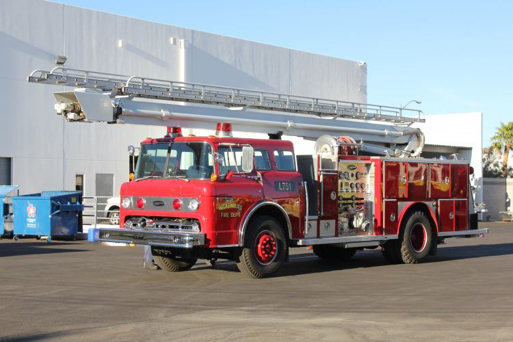 Wickenburg FD 1986 E-One Aerial Refurbishment Before
