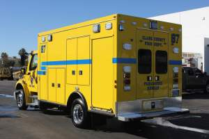 s-1342-Clark-County-Fire-Department-2002-Ambulance-Remount-03