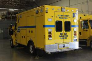 t-1342-Clark-County-Fire-Department-2002-Ambulance-Remount-02