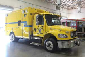 t-1342-Clark-County-Fire-Department-2002-Ambulance-Remount-03