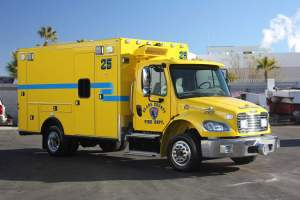 t-1343-Clark-County-Fire-Department-2002-Ambulance-Remount-10