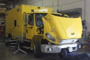 u-1343-Clark-County-Fire-Department-2002-Ambulance-Remount-01