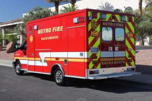 p-1348-Sacramento-Metropolitan-Fire-District-2006-Ford-Medtec-Ambulance-Remount-03