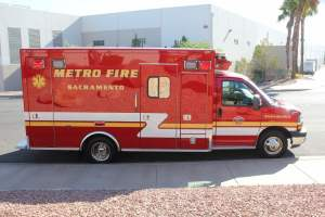 p-1348-Sacramento-Metropolitan-Fire-District-2006-Ford-Medtec-Ambulance-Remount-06