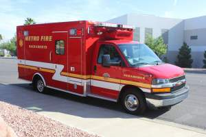 p-1348-Sacramento-Metropolitan-Fire-District-2006-Ford-Medtec-Ambulance-Remount-07