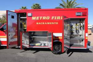 p-1348-Sacramento-Metropolitan-Fire-District-2006-Ford-Medtec-Ambulance-Remount-09