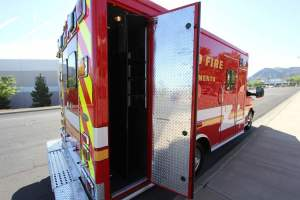 p-1348-Sacramento-Metropolitan-Fire-District-2006-Ford-Medtec-Ambulance-Remount-18