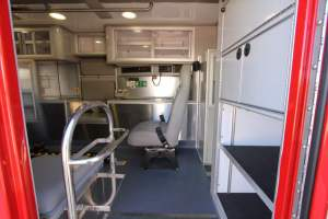 p-1348-Sacramento-Metropolitan-Fire-District-2006-Ford-Medtec-Ambulance-Remount-21