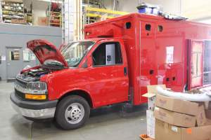 s-1348-Sacramento-Metropolitan-Fire-District-2006-Ford-Medtec-Ambulance-Remount-01