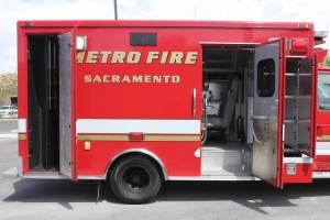 z-1348-Sacramento-Metropolitan-Fire-District-2006-Ford-Medtec-Ambulance-Remount-10.JPG