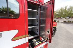 z-1348-Sacramento-Metropolitan-Fire-District-2006-Ford-Medtec-Ambulance-Remount-18.JPG