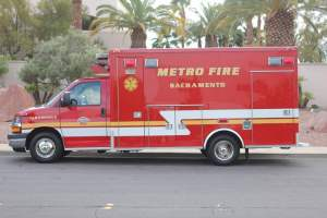 q-1349-Sacramento-Metropolitan-Fire-District-2005-Ford-Medtec-Ambulance-Remount-03