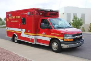 q-1349-Sacramento-Metropolitan-Fire-District-2005-Ford-Medtec-Ambulance-Remount-08