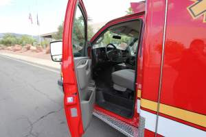 q-1349-Sacramento-Metropolitan-Fire-District-2005-Ford-Medtec-Ambulance-Remount-25
