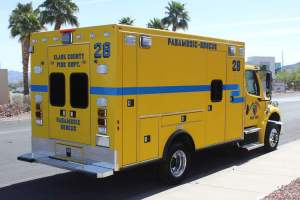 w-1387-clark-county-fire-department-2002-ambulance-remount-05