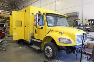 x-1387-clark-county-fire-department-2002-ambulance-remount-01