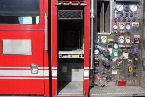 z-1395-Unified-Fire-Authority-2005-Seagrave-Pumper-13