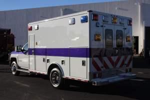 u-1402-White-Mountain-Ambulance-Service-2006-Ford-Ambulance-Remount-03