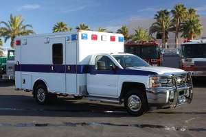 u-1402-White-Mountain-Ambulance-Service-2006-Ford-Ambulance-Remount-07