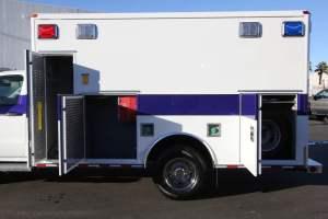 u-1402-White-Mountain-Ambulance-Service-2006-Ford-Ambulance-Remount-09