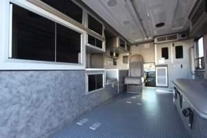 u-1402-White-Mountain-Ambulance-Service-2006-Ford-Ambulance-Remount-14