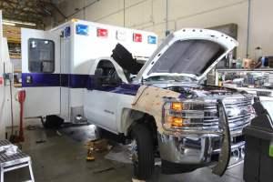 v-1402-White-Mountain-Ambulance-Service-2006-Ford-Ambulance-Remount-03