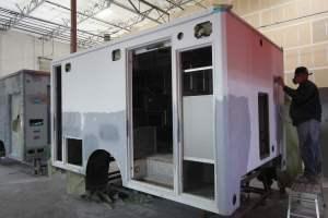 x-1402-White-Mountain-Ambulance-Service-2006-Ford-Ambulance-Remount-01