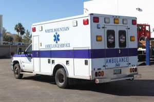 z-1402-White-Mountain-Ambulance-Service-2006-Ford-Ambulance-Remount-03