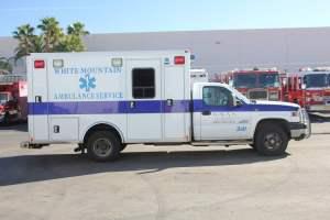 z-1402-White-Mountain-Ambulance-Service-2006-Ford-Ambulance-Remount-06