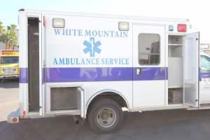 z-1402-White-Mountain-Ambulance-Service-2006-Ford-Ambulance-Remount-18