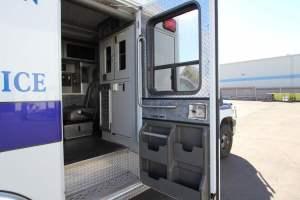 z-1402-White-Mountain-Ambulance-Service-2006-Ford-Ambulance-Remount-21