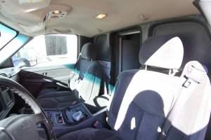 z-1402-White-Mountain-Ambulance-Service-2006-Ford-Ambulance-Remount-34