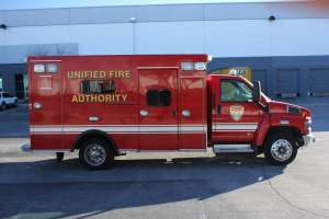 z-1417-unified-fire-authority-dodge-4500-ambulance-remount-06