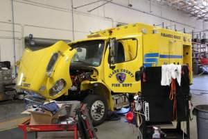 u-1476-clark-county-fire-department-2016-freightliner-ambulance-remount-01
