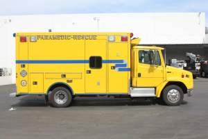 z-1476-clark-county-fire-department-2016-freightliner-ambulance-remount-08