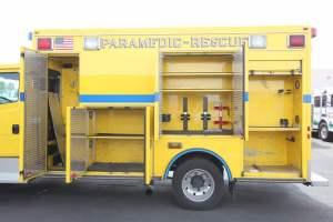 z-1476-clark-county-fire-department-2016-freightliner-ambulance-remount-09