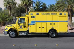 v-1544-clark-county-fire-department-ambulance-remount-03