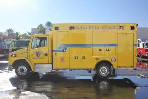 z-1544-clark-county-fire-department-ambulance-remount-004