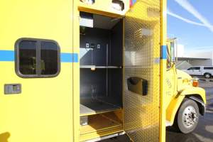 z-1544-clark-county-fire-department-ambulance-remount-021