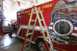 s-1549-salt-river-fire-department-2017-ambulance-remount-03