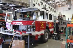 b-1570-salt-river-fire-department-american-lafrance-aerial-refurb-001