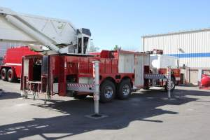 h-1570-salt-river-fire-department-american-lafrance-aerial-refurb-001