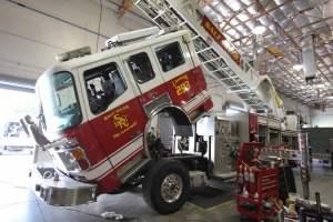 x-1570-salt-river-fire-department-american-lafrance-aerial-refurb-002