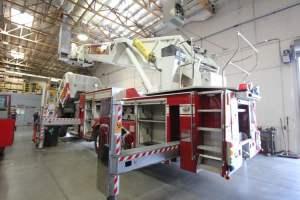 x-1570-salt-river-fire-department-american-lafrance-aerial-refurb-003