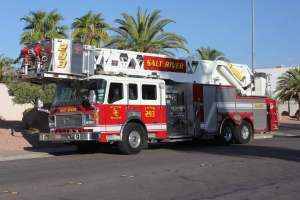 z-1570-salt-river-fire-department-american-lafrance-aerial-refurb-002