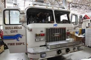 j-1581-bullhead-city-fire-department-2001-e-one-oumper-001