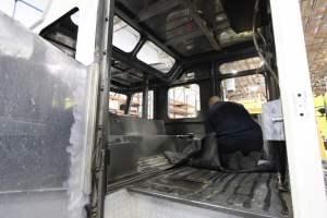 v-1581-bullhead-city-fire-department-2001-e-one-oumper-002